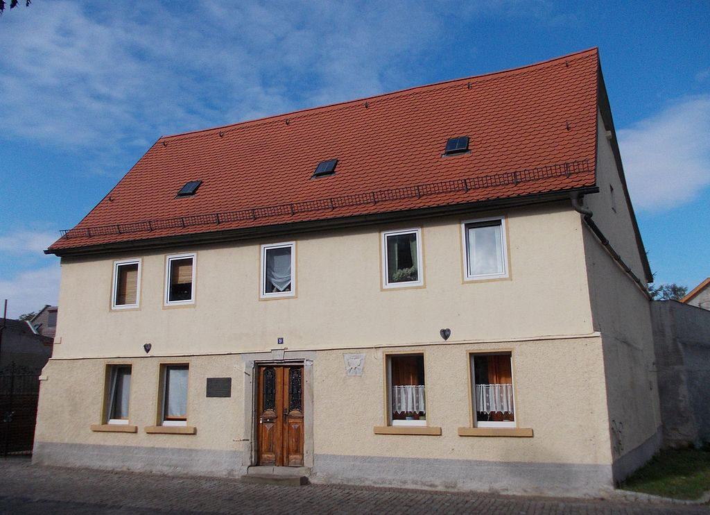 1024px-TeuchernKeiserhaus